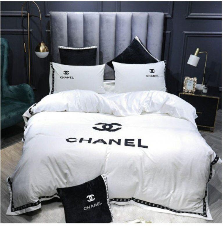 Chanel luxury brand white bedding set
