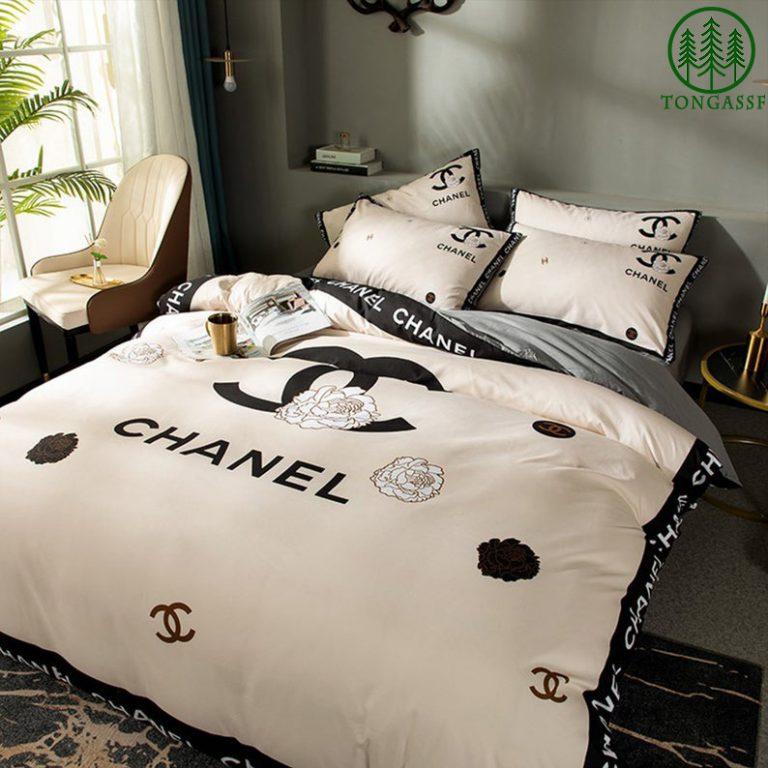 Chanel luxury flower bedding set