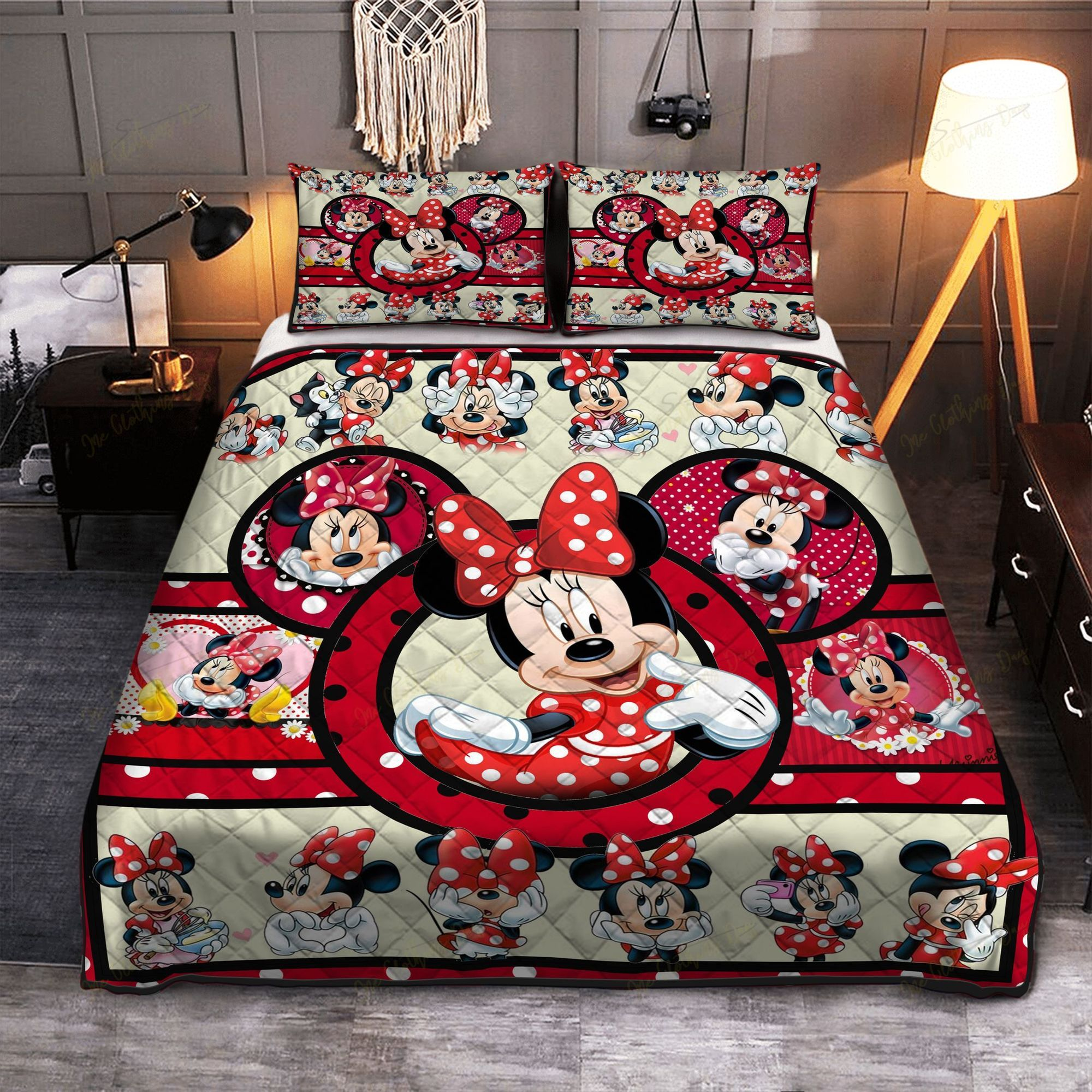 Cute Minnie Mouse Bedding set