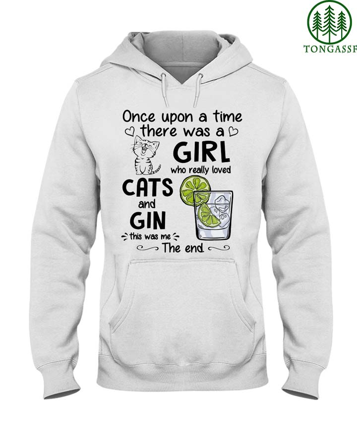Girl who love cats and gin Tshirt