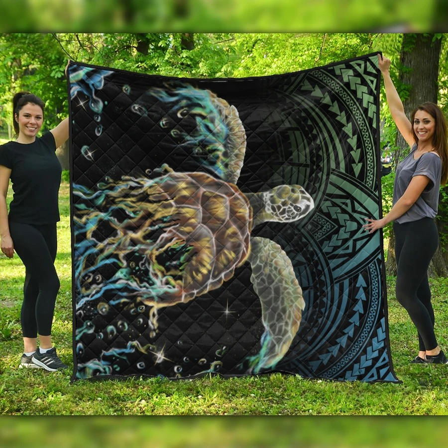 Hawaii Sea Turtle Polynesian Premium Quilt Blanket
