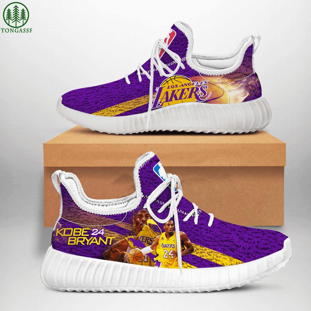 Milwaukee Bucks NFL Football Yeezy Sneakers Shoes