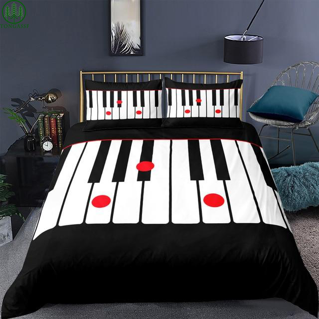 Music Notes Pianist Bed Set