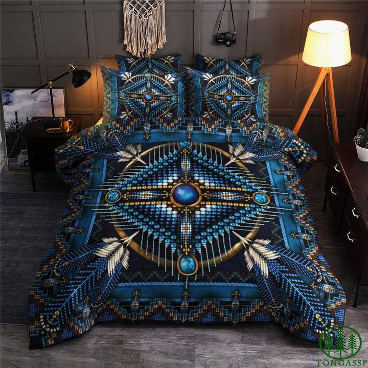 Native American feathers dark tone bedding set