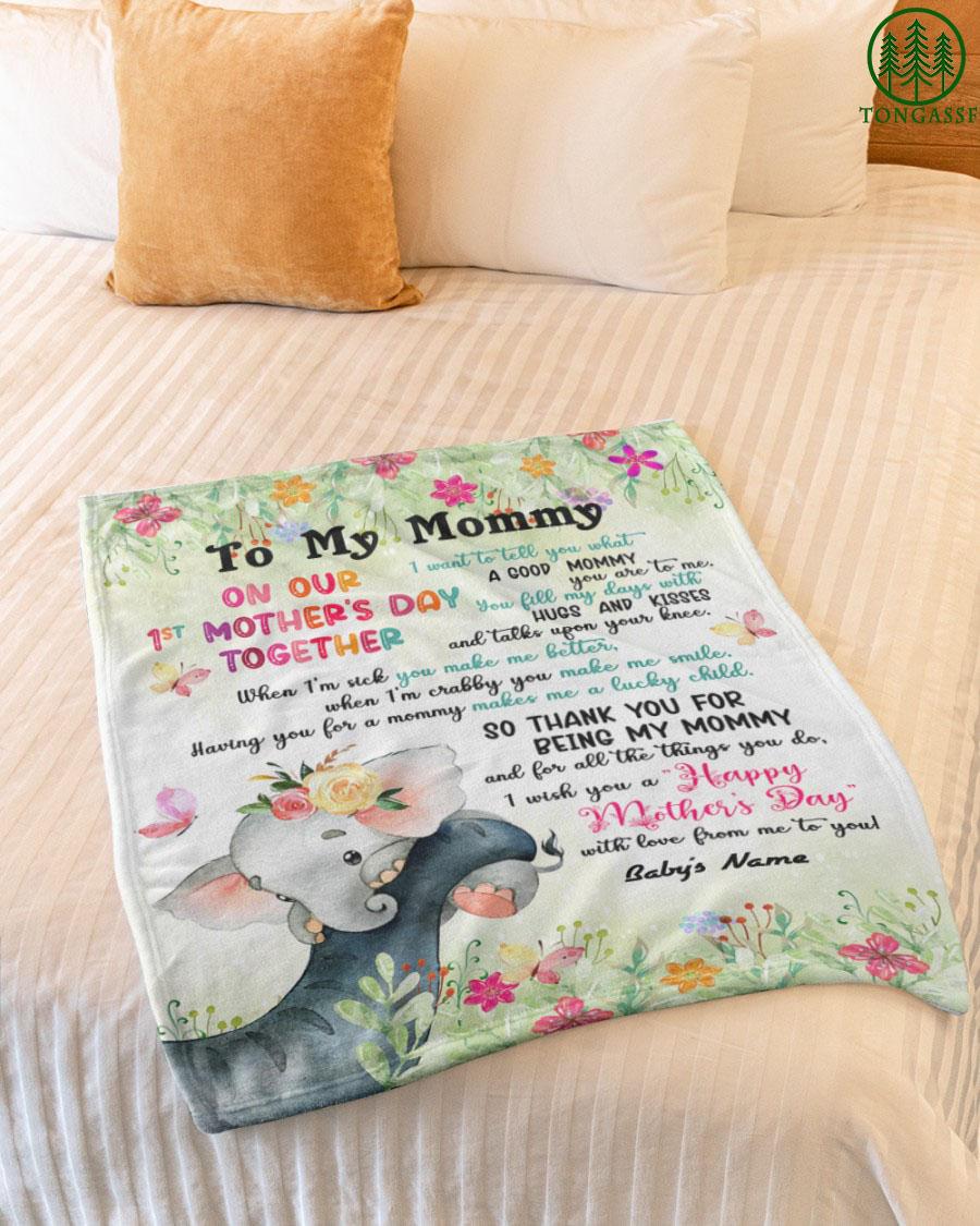Personalized baby elephant to mommy flower fleece blanket