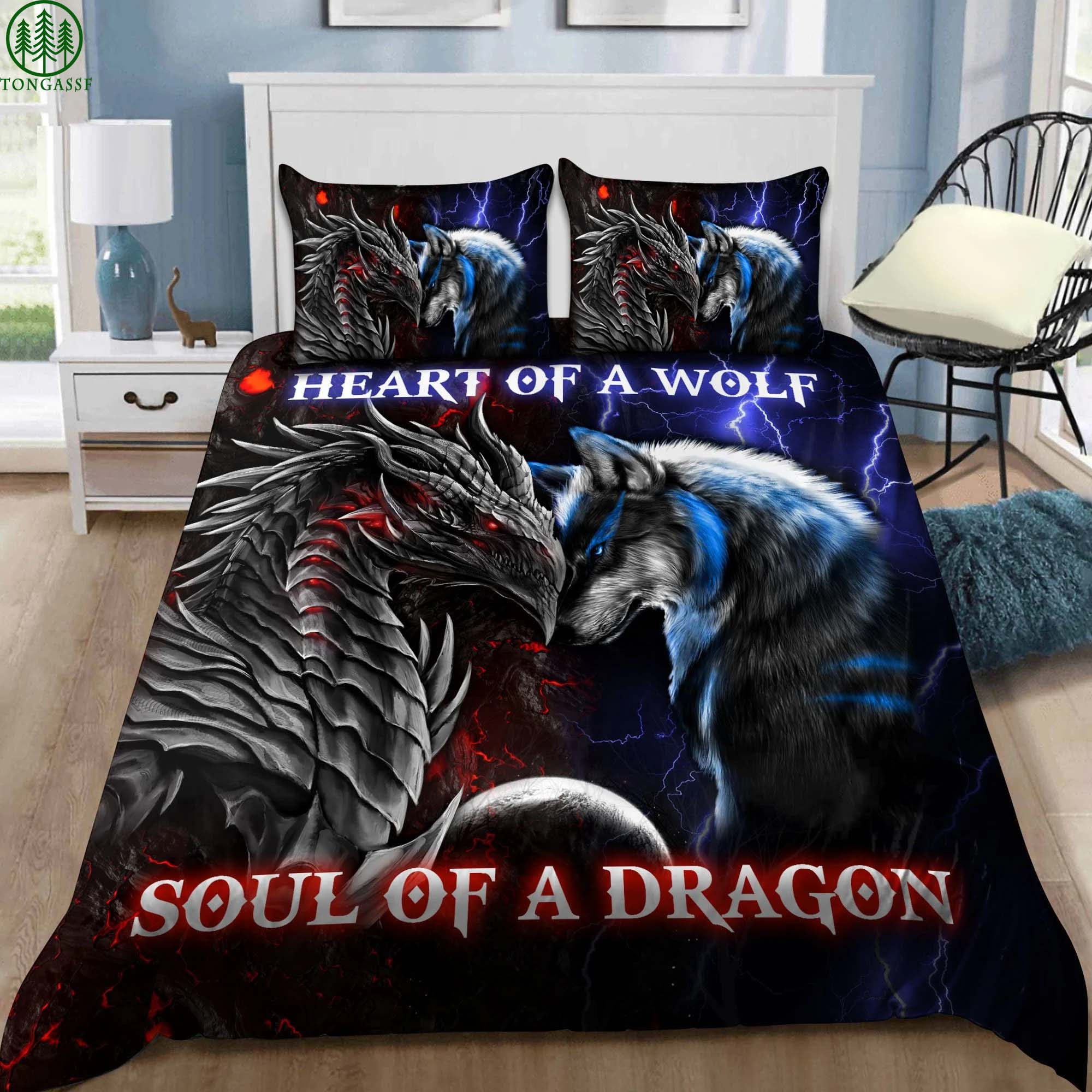 Battle of heart of a wolf and soul of a dragon bedding set
