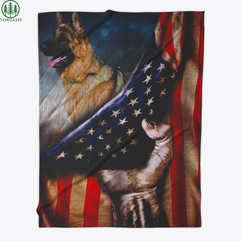 Holding US flag cover dog Shepherd quilt blanket