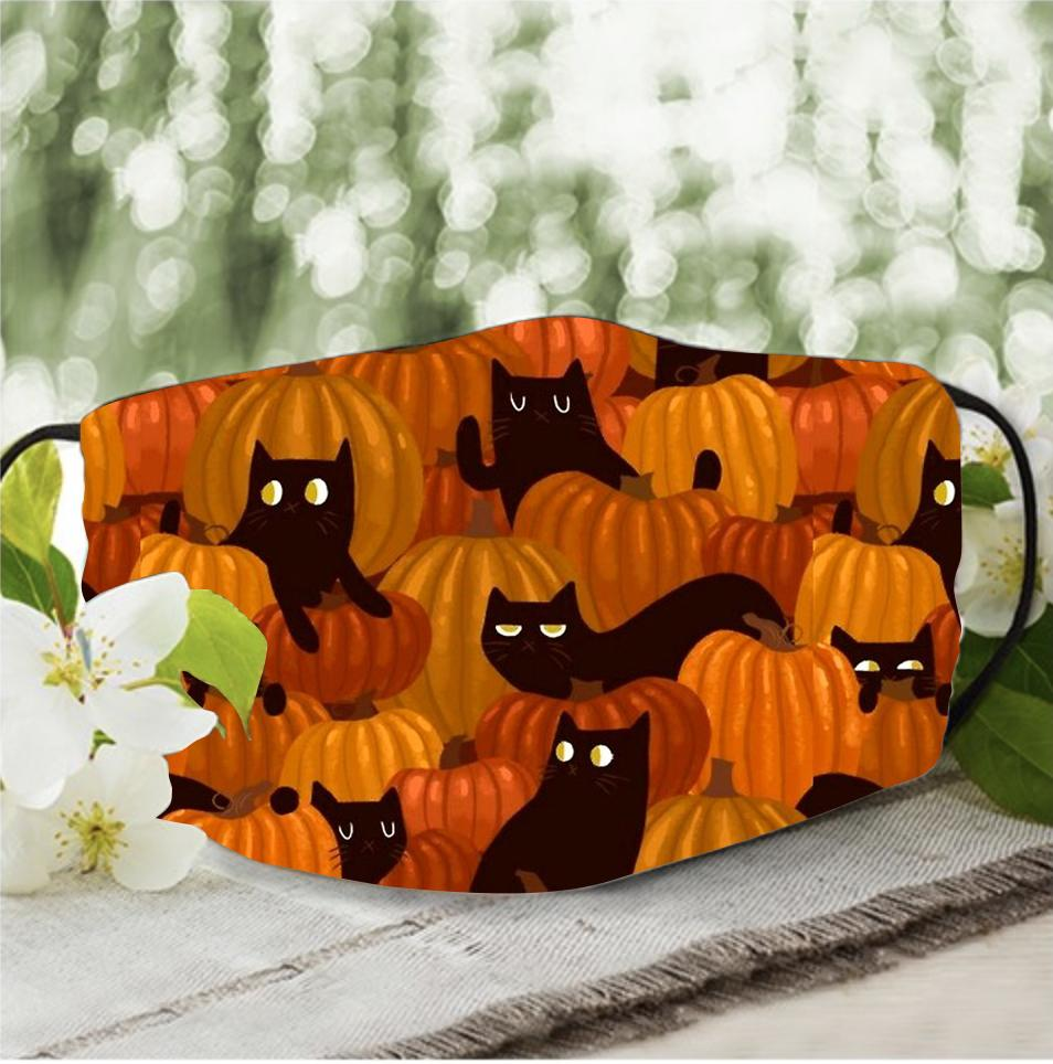 Cat and pumpkin in Halloween 3D face mask
