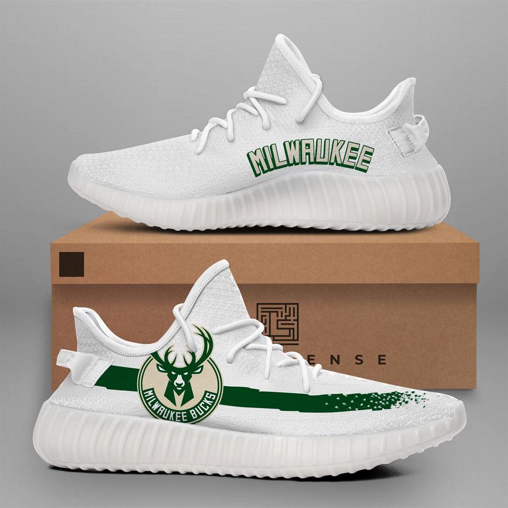 Milwaukee Bucks NBA Teams Running Yeezy Sneakers Shoes