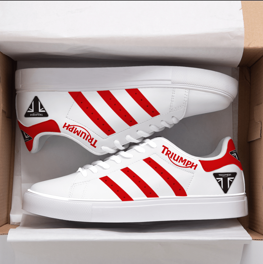 TRIUMPH RED LINES IN WHITE STAN SMITH SHOES