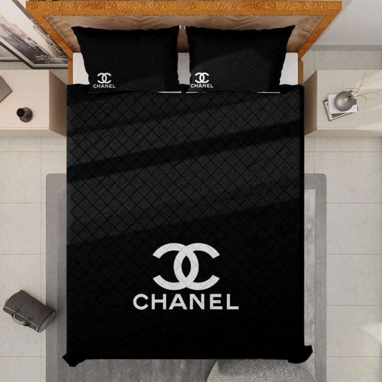 Luxury Chanel black comforter set