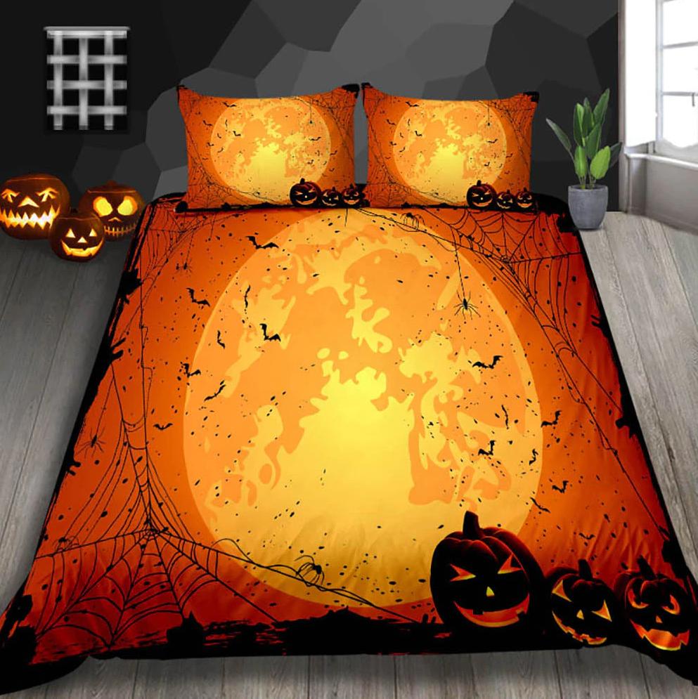 The Golden Moon Halloween Bedding Set