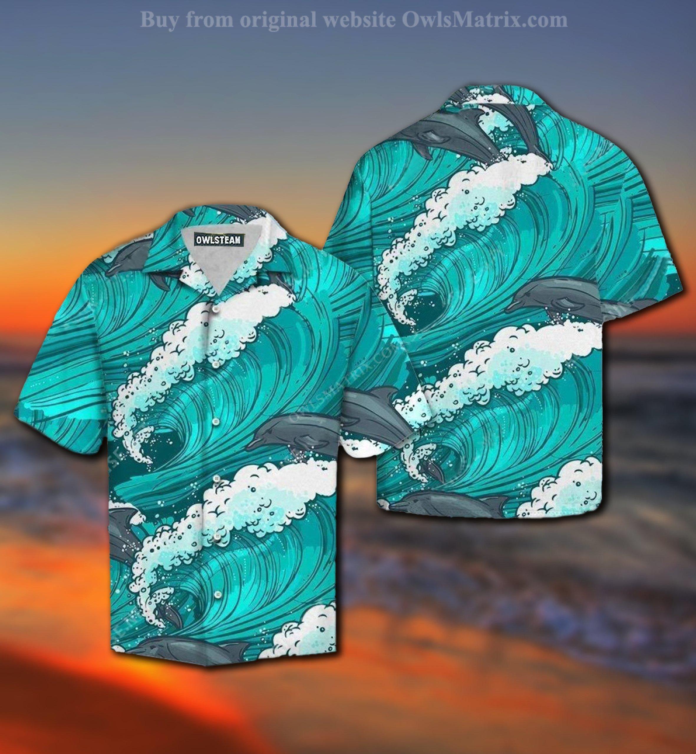 Dolphin Loves Ocean Wave Summer Hawaiian Shirt
